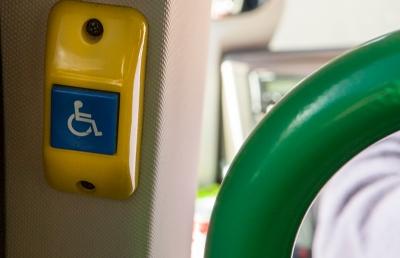 Ônibus Rodoviário com Acessibilidade para Cadeirantes